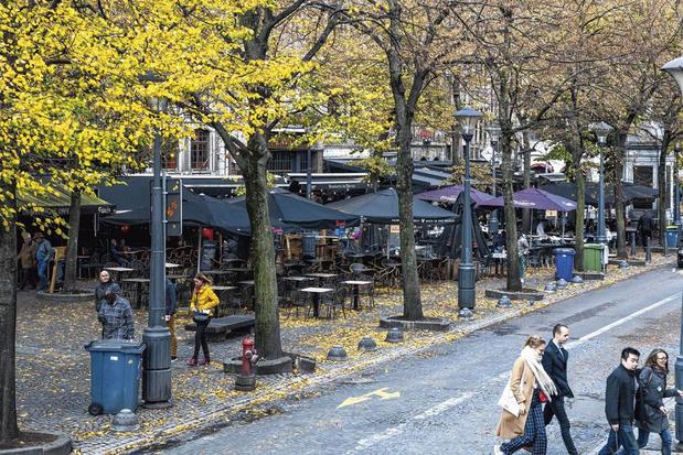 Pourquoi les terrasses fermées du centre de Liège se retrouvent dans le collimateur de l'Agence wallonne du patrimoine