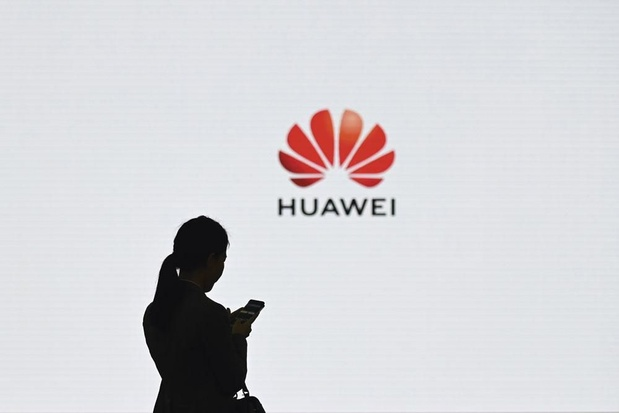 Trump et Google enfoncent Huawei