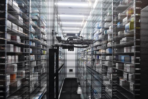 A l'hôpital, les robots s'installent dans tout le circuit du médicament