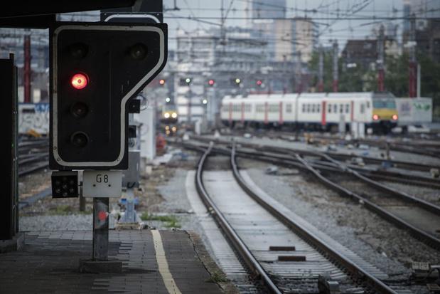 Spoorbonden plannen actie op 12 december: 'Treinverkeer zal verstoord zijn'