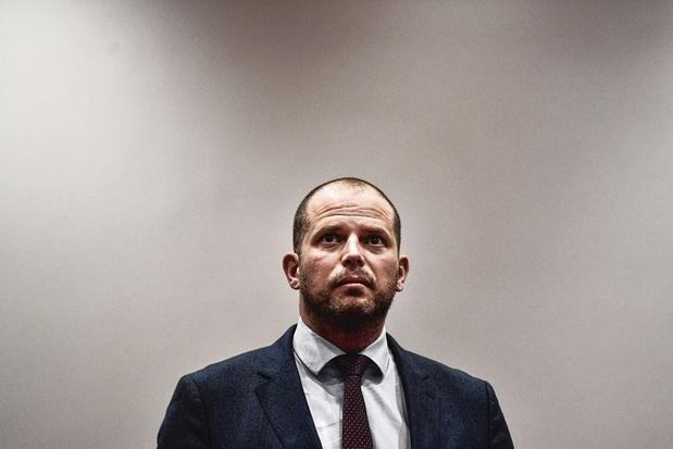 Nouveaux arrivants : le gouvernement flamand a-t-il le droit de durcir les conditions d'accès à la protection sociale ?