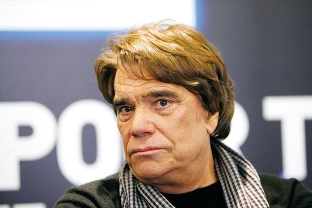 """Cinq ans de prison ferme requis contre Bernard Tapie pour """"escroquerie"""""""