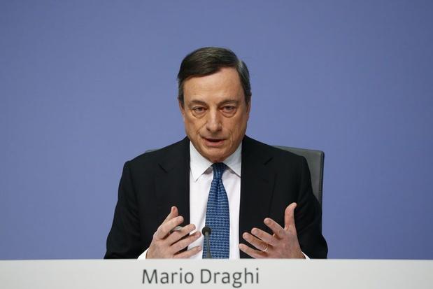 ECB handhaaft rente en hint op extra stimulus