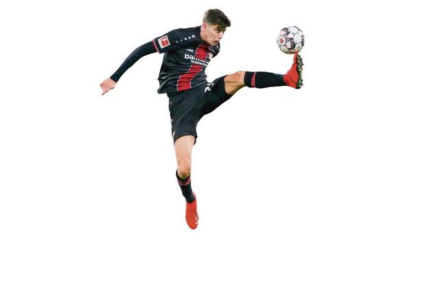 Hoe de eigenzinnige Peter Bosz Bayer Leverkusen naar de Champions League loodste