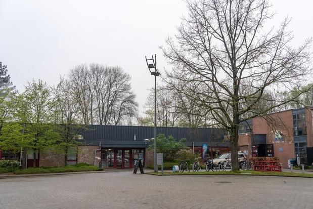 """Schepen weerlegt hardnekkige geruchten: """"Zwembad Lagaeplein eerste jaren niet dicht"""""""
