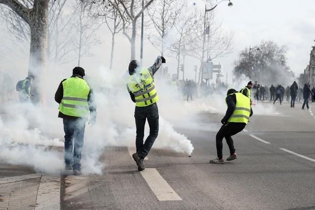 Gele hesjes: meer dan 250 mensen opgepakt in heel Frankrijk