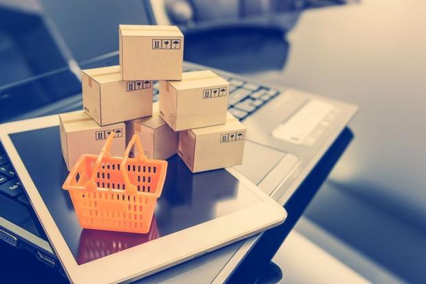 Aantal online shoppers stijgt, maar online uitgaven dalen met 8 procent