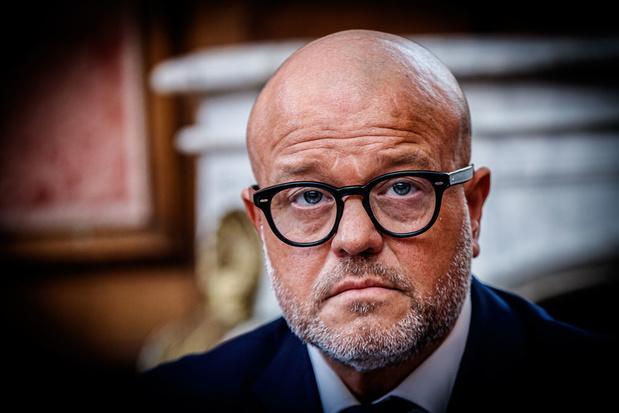 'Club-voorzitter Bart Verhaeghe oogst wat hij gezaaid heeft'