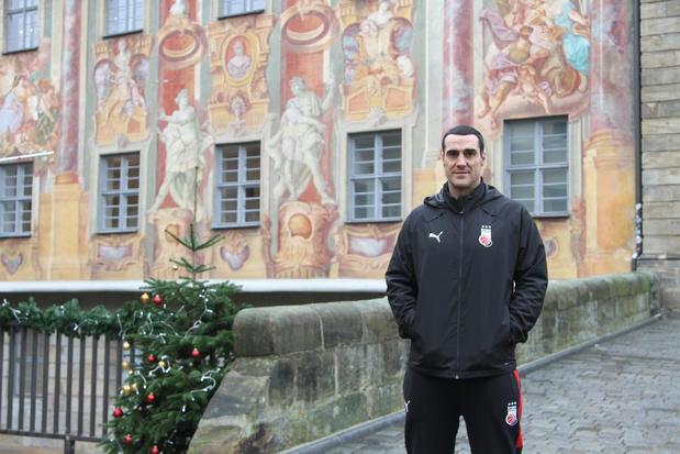 Roel Moors bij Duitse cultclub Bamberg: 'Basketbal is hier een religie'