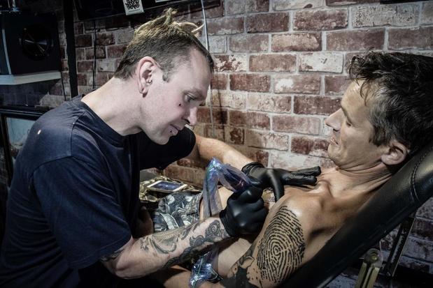 Nieuwe tattoosalon Skinfreakz Tattoo geopend