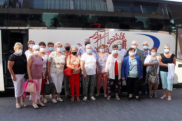 Brusselse fans van Danny Fabry komen met autobus naar zijn show in Ingelmunster