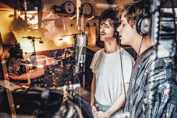 Jazzband Schntzl in de studio: 'De collage, dat maakt muziek maken voor ons zo mooi'