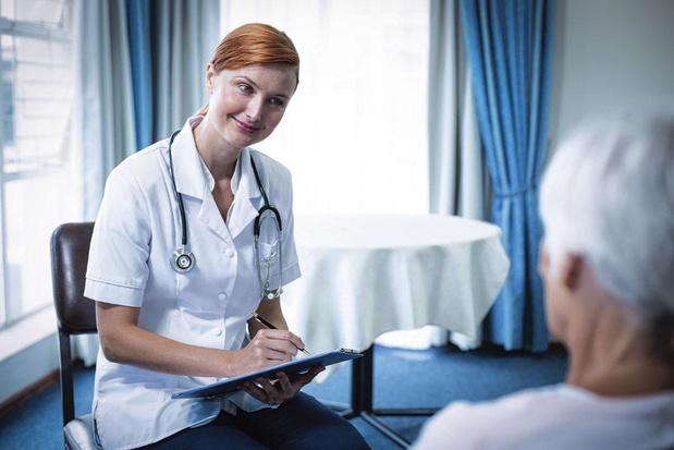 Recherche médecin d'assurance désespérément