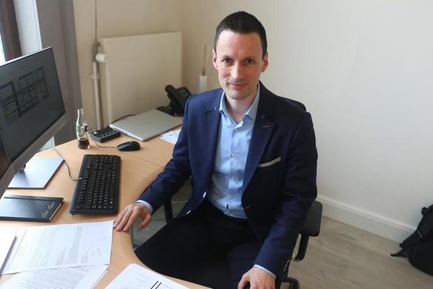 """Schepen Björn Anseeuw ontdekt put van 9 miljoen bij AGGB: """"Er werden inkomsten verzonnen"""""""