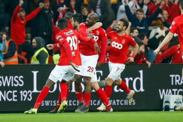 Standard klopt Antwerp in opener Play-off I