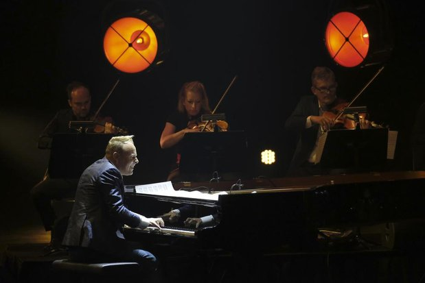 Leerlingen Academie Menen-Wevelgem krijgen les van toppianist Jef Neve