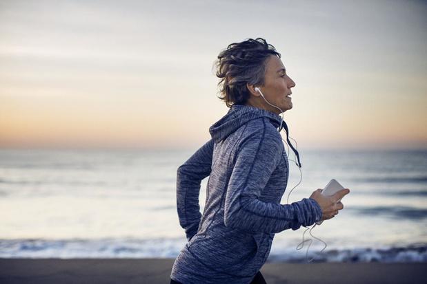 Rustig joggen of fervent hardlopen: wat levert het meeste gezondheidswinst op?