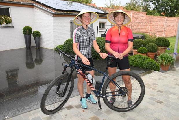 Vriendinnen gaan fietsen voor goede doel in Vietnam