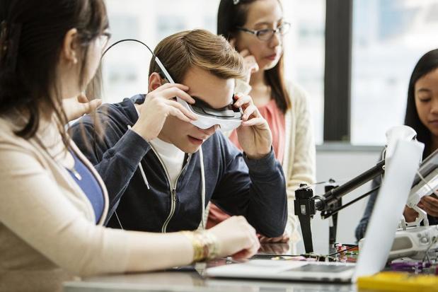 Bijna 50.000 euro voor innovatieve projecten West-Vlaamse scholen
