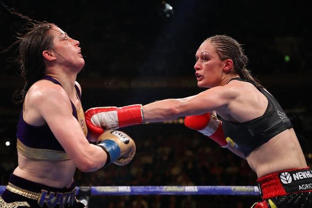 Katie Taylor wil binnen het jaar opnieuw tegen Delfine Persoon boksen