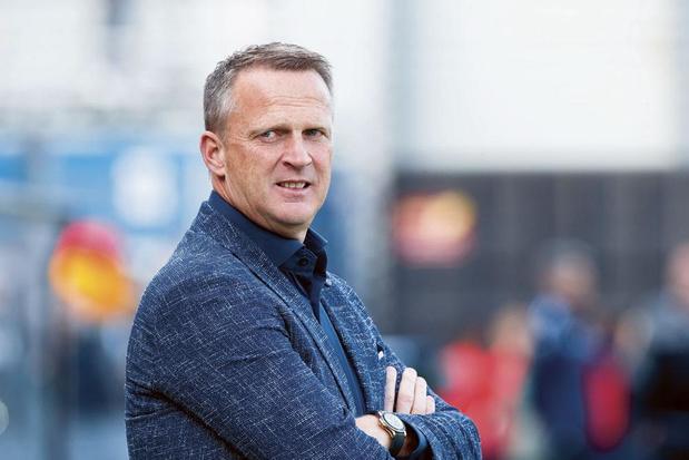 Racing Genk : John van den Brom de retour en Belgique