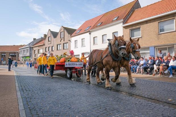 Onze Lieve-Vrouw Processie in Leffinge houdt het droog