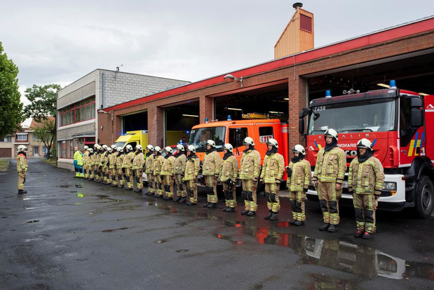 West-Vlaamse brandweermannen herdenken overleden collega's uit Beringen