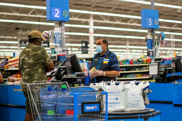 Supermarktreus Walmart profiteert van hamsterende Amerikanen