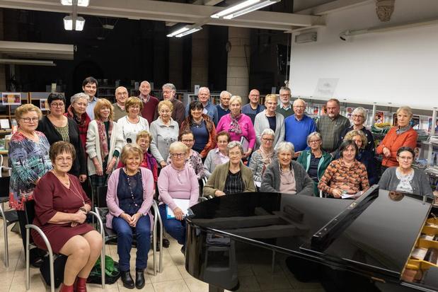 Sint-Niklaaskoor zingt hartelijk met een jeugdige toets