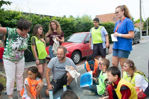 Gemeente Wevelgem en Wildebras openen speelstraatseizoen op artistieke wijze