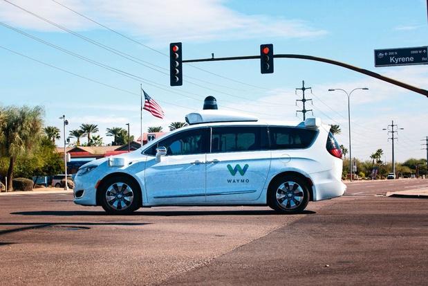 Une société soeur de Google lance des taxis à conduite autonome dans San Francisco