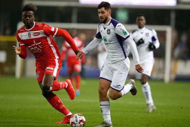 Anderlecht voor het eerst in vijf jaar in kwartfinales, Kompany valt uit
