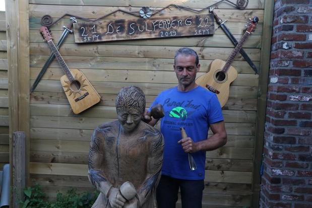 Manuel Bril stelt tentoon tijdens de Sulferbergfeesten