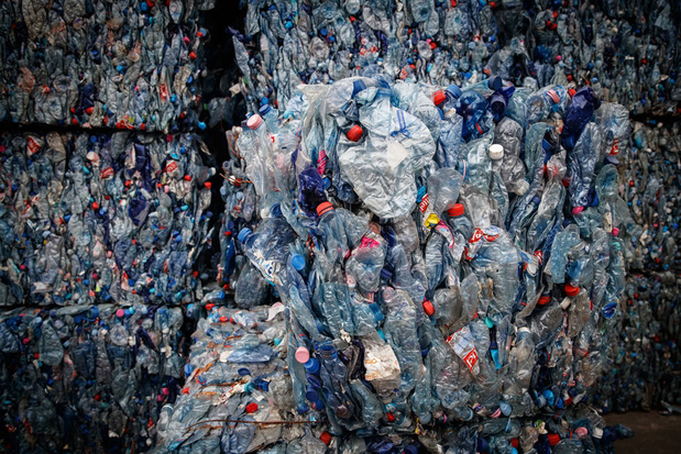 'Slecht beheerd afval werkt als een trage, toxische tijdbom'