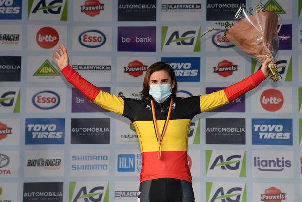 Sanne Cant pakt twaalfde Belgische titel veldrijden op rij