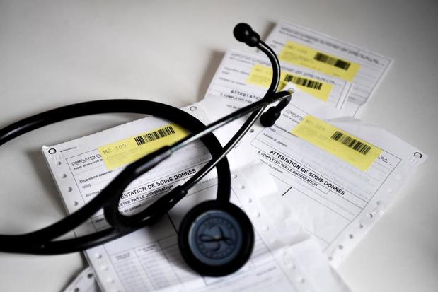 Soins de santé : environ un milliard de déficit