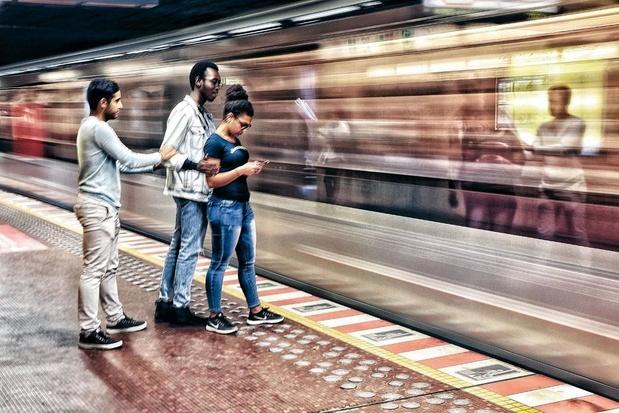 Un nombre limité d'usagers et des distances obligatoires à bord des transports en commun