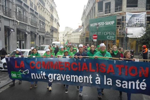 Manifestation à Bruxelles contre la commercialisation de la santé en Europe