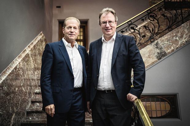 """Roland Gillet et Georges Hübner: """"On fait les mêmes  erreurs qu'en 2000!"""""""