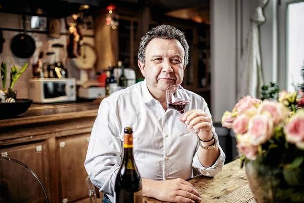 """Rencontre avec le sommelier Eric Boschman, pour qui """"le vin est un lubrifiant social!"""""""