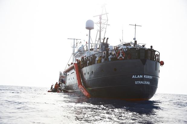Opnieuw Duits reddingsschip met migranten op weg naar Italië