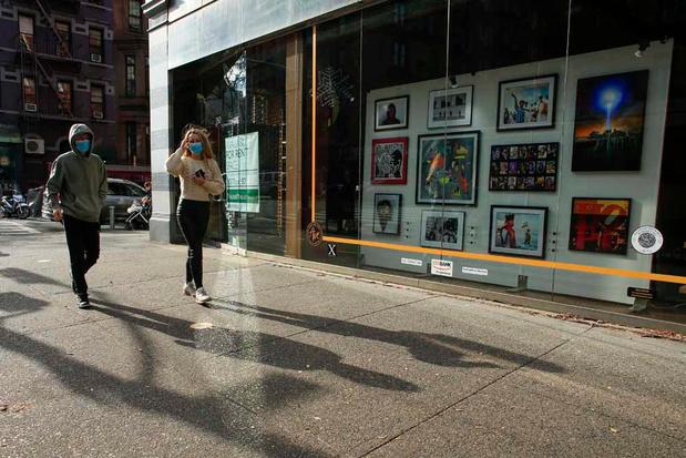 New York: de l'art dans les vitrines des magasins désertés