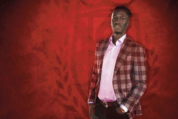 Quel genre d'entraîneur adjoint est Mbaye Leye au Standard?