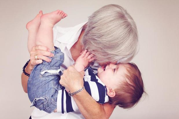 Verklaart het oma-effect waarom vrouwen in de menopauze belanden ?