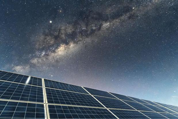 Des panneaux à énergie nocturne