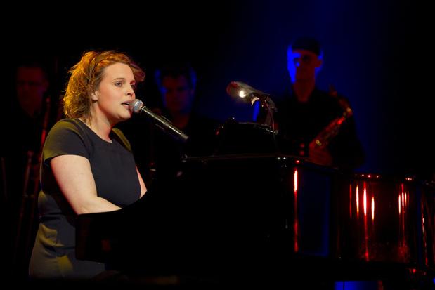 Singer-songwriter Hannelore Bedert genomineerd voor Bronzen Uil literatuurprijs