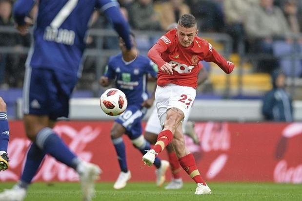 Le Standard repousse Ostende à 5 points grâce à quatre buts dont un doublé de Lestienne