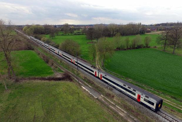 Treinverkeer tussen Waregem en Deinze onderbroken