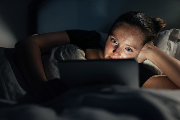 Social media als slaapmutsje? Geen goed idee