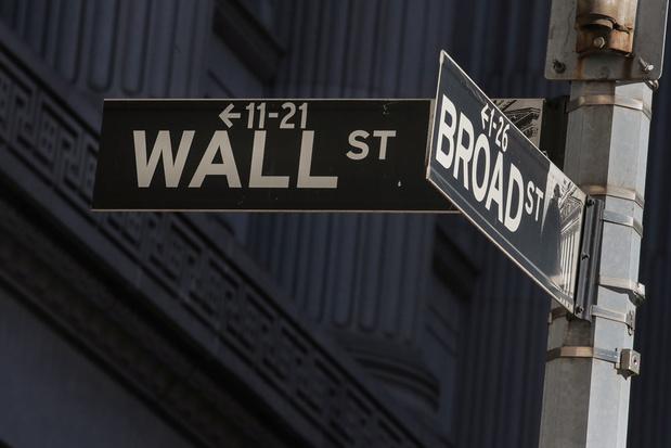 Wall Street duikelt weer in het rood na licht herstel